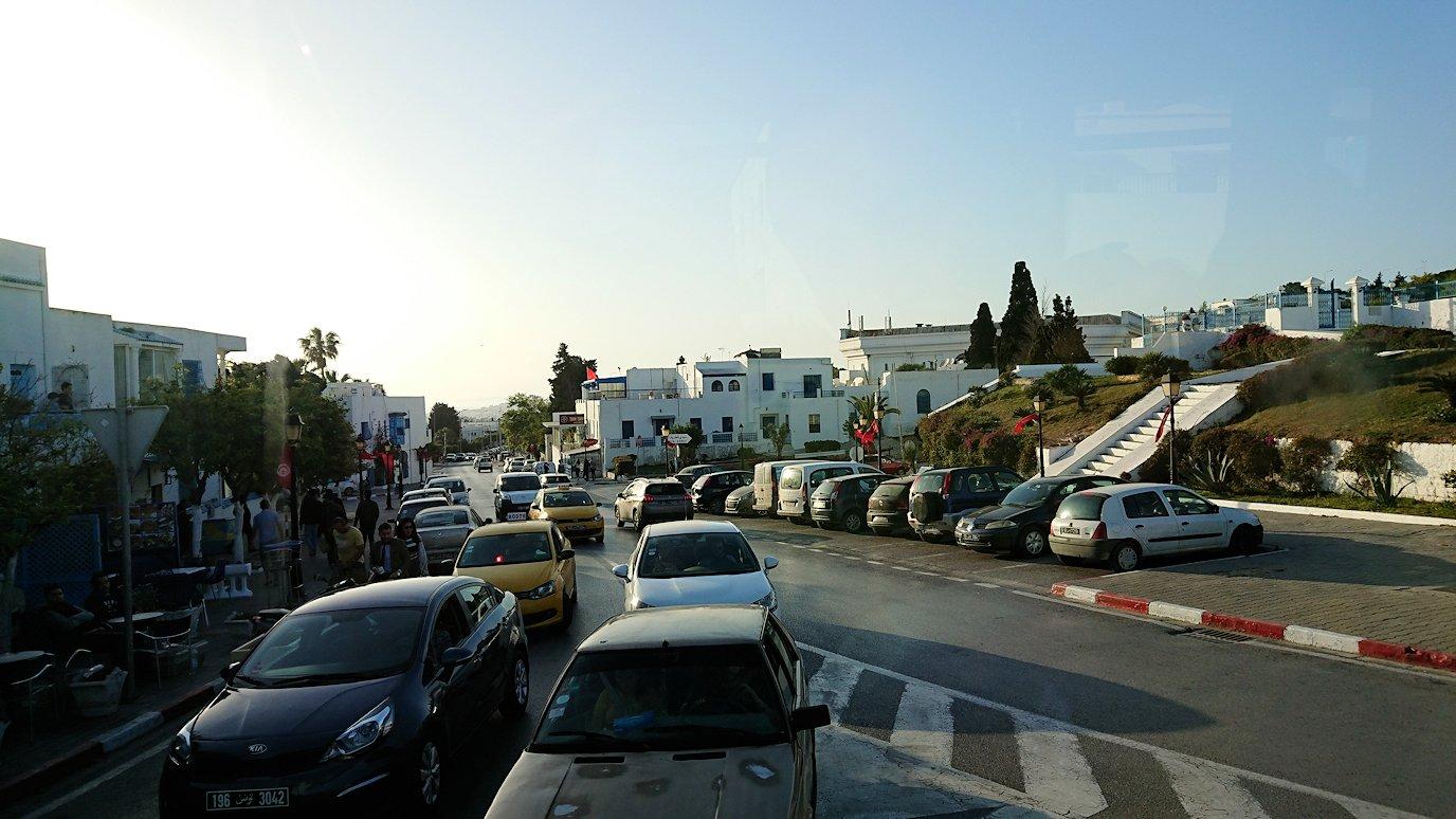 チュニジア:シディ・ブ・サイドでそろそろバスに戻る9