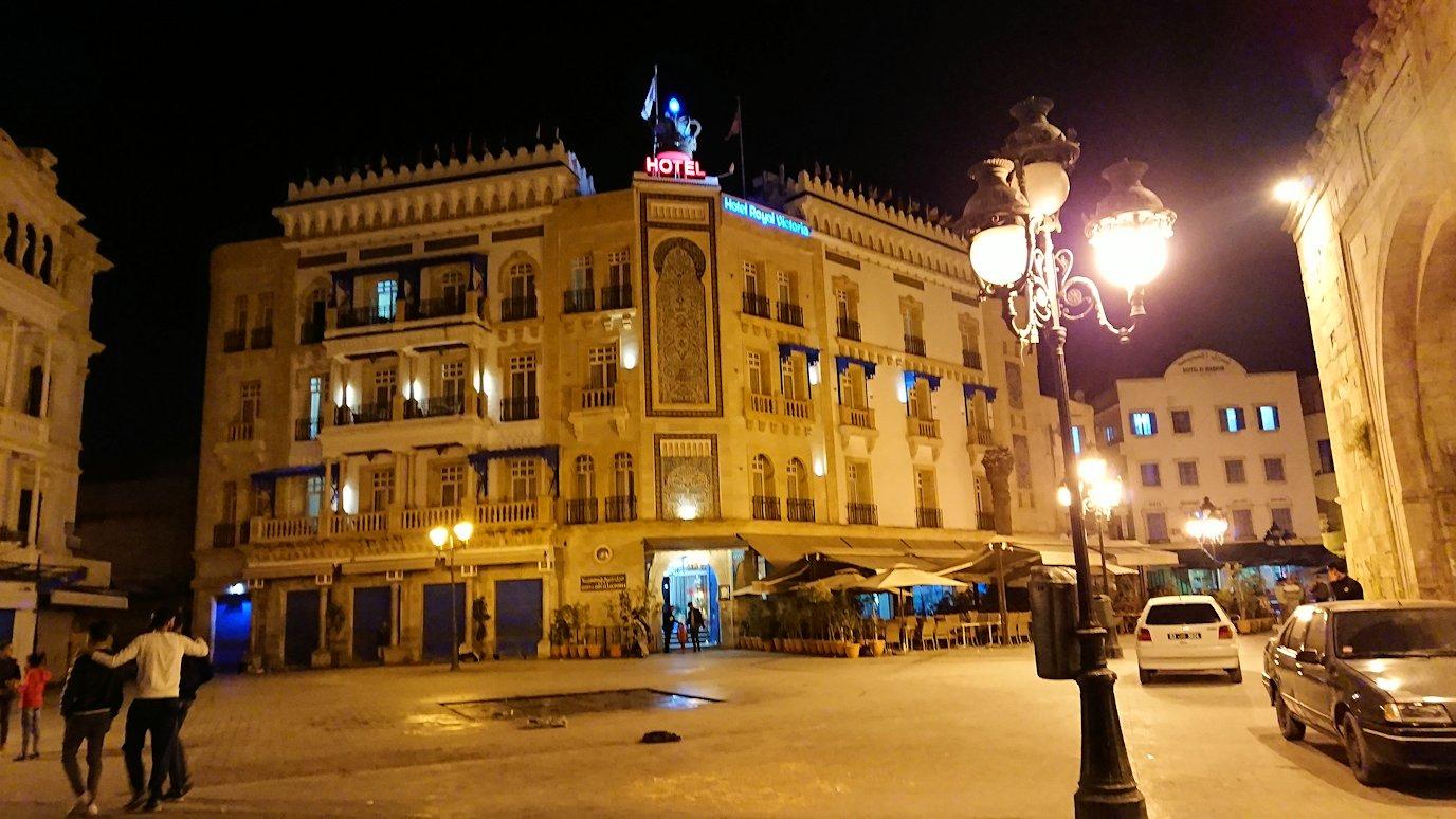 チュニジア:チュニスの夜を散策する6