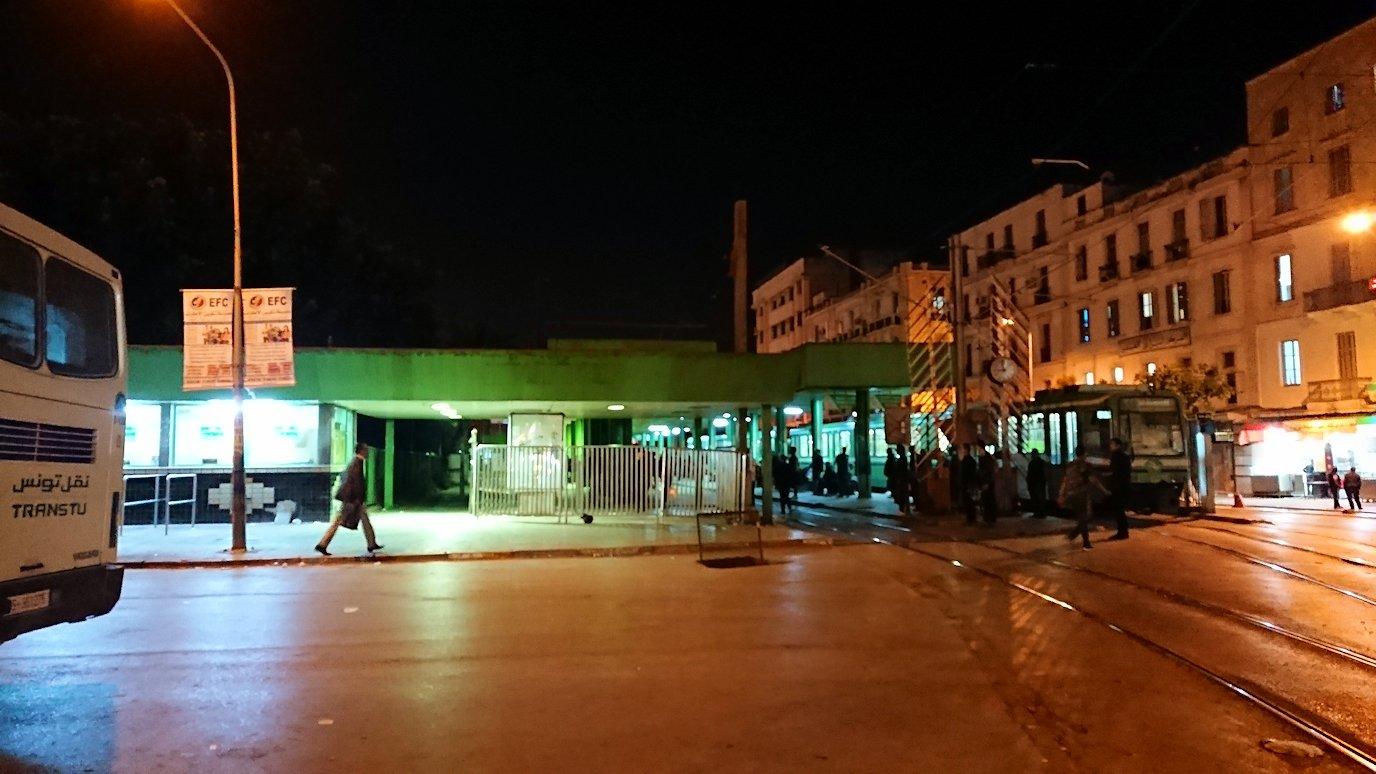 チュニジア:チュニスの夜を散策しスーパーに立ち寄る7