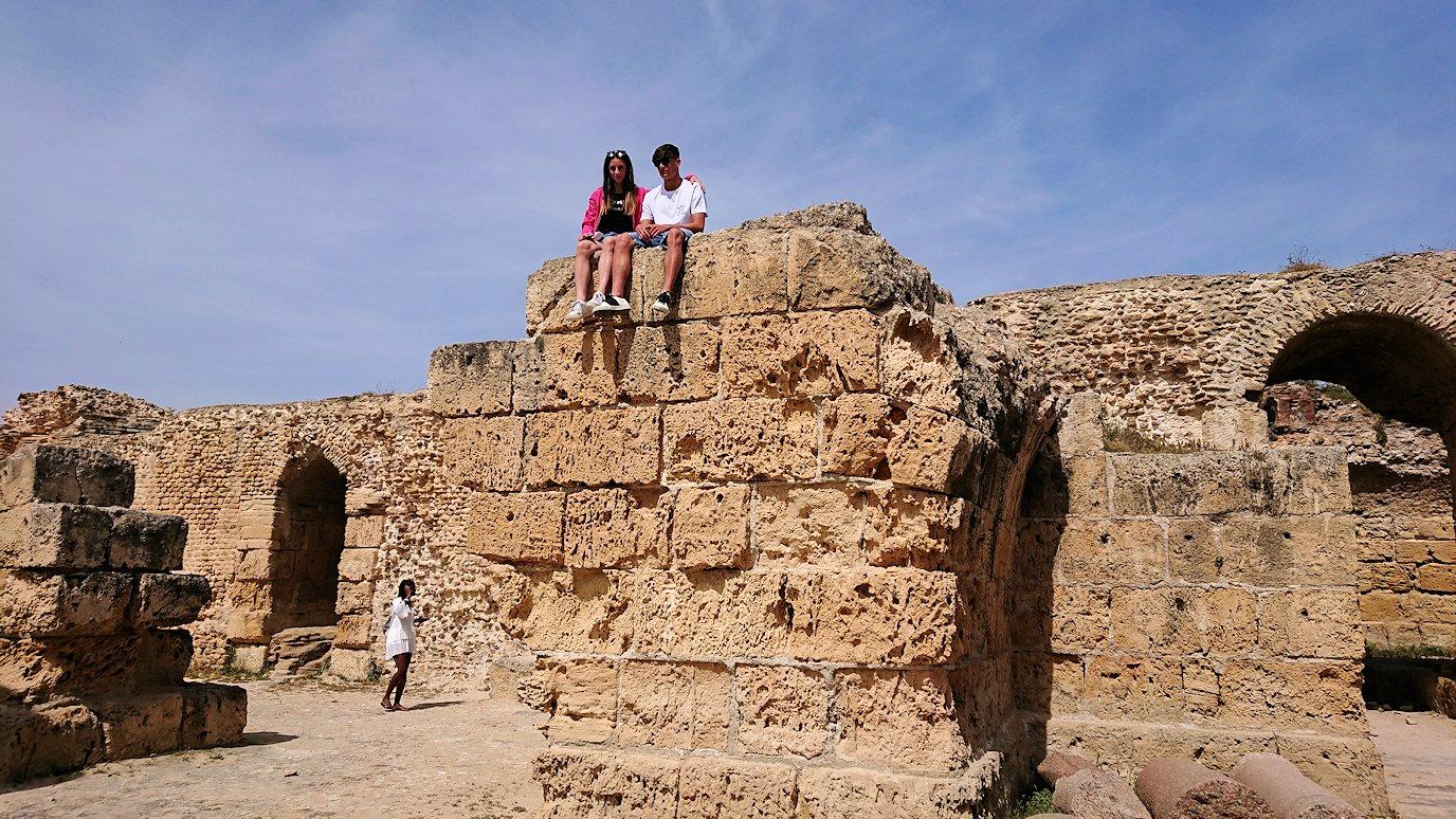 チュニジア:カルタゴ遺跡のアントニヌスの共同浴場内の散策は続く7