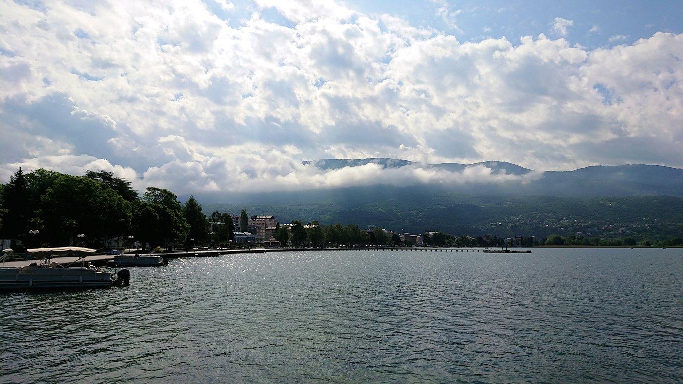 北マケドニアのオフリド湖遊覧終了しオフリドの街に上陸4