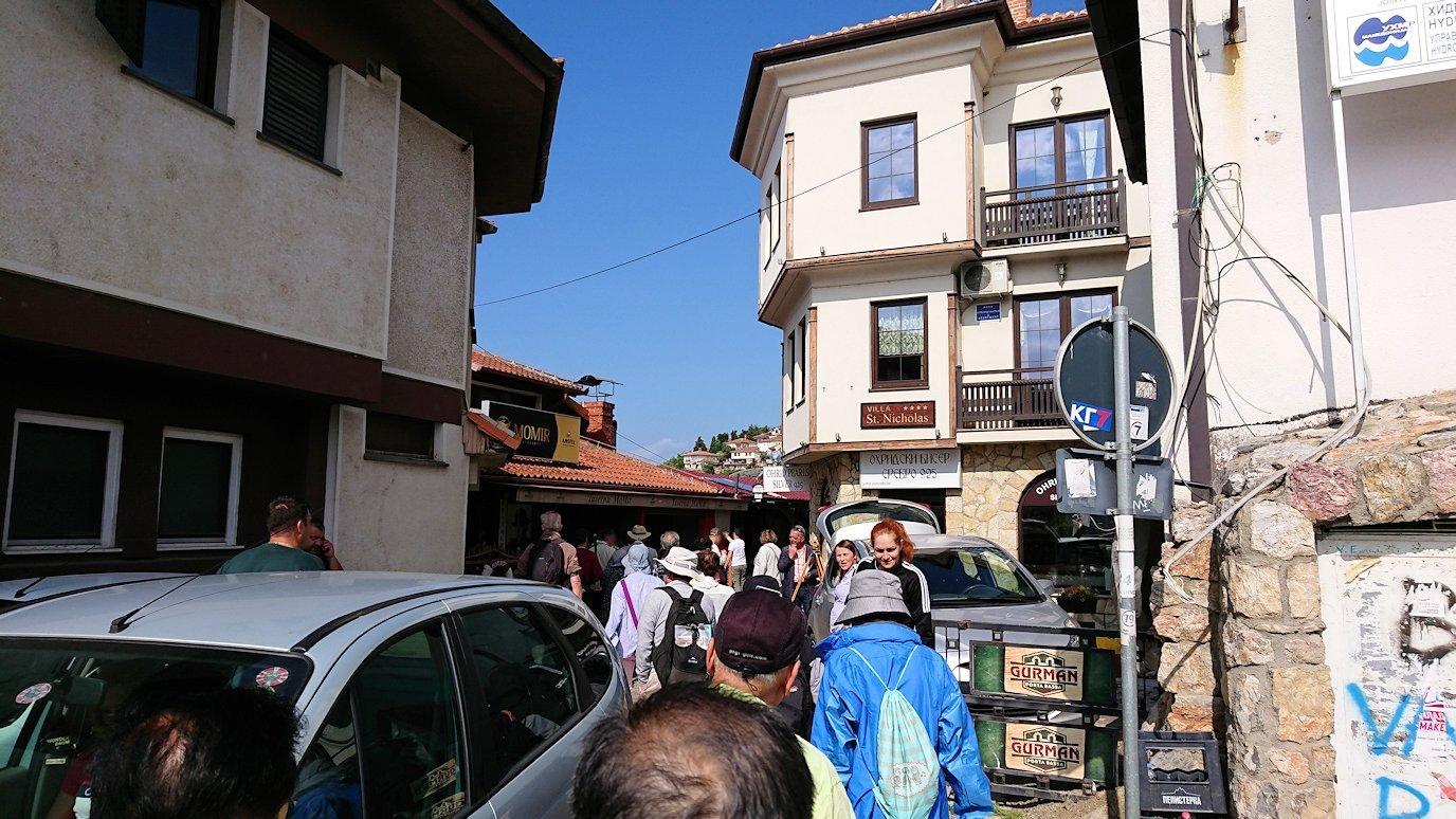 北マケドニアのオフリド湖遊覧終了しオフリドの街を歩いていきます9