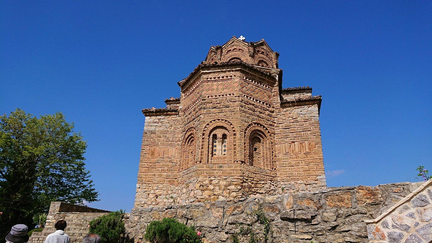 北マケドニアのオフリドで聖ヨハネ・カネオ教会に到着4