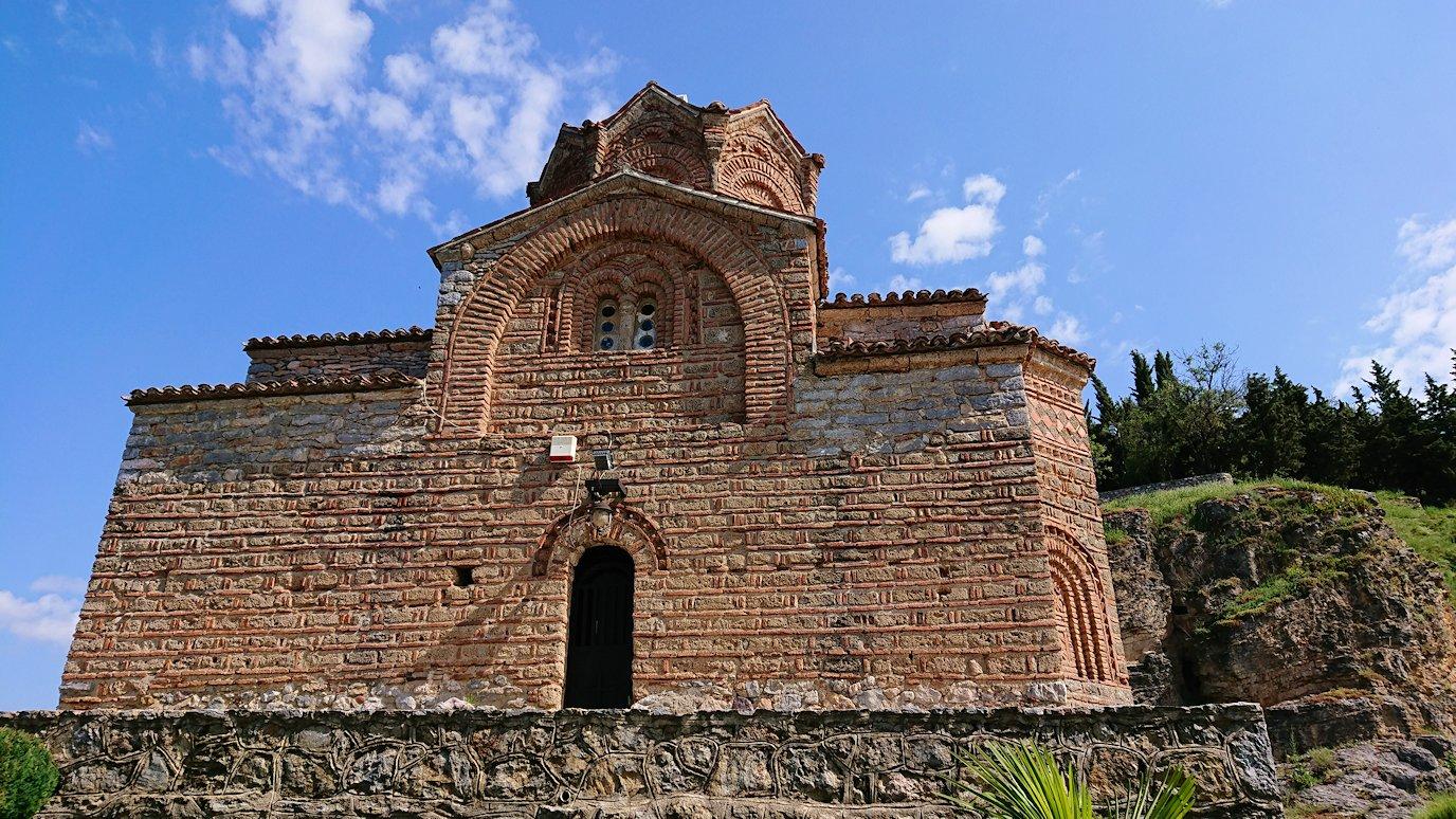 北マケドニアのオフリドで聖ヨハネ・カネオ教会に到着8