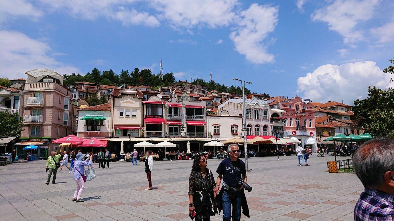 北マケドニアのオフリドで中心街を歩く8