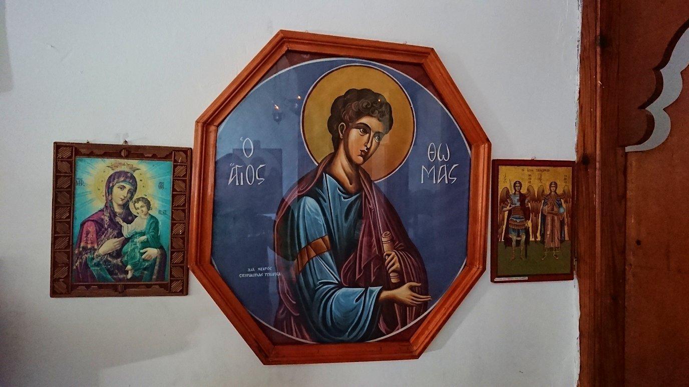 アルバニアで世界遺産のベラトの街でゴリツァ地区にある聖トマス教会を訪問7