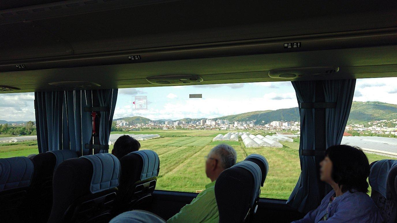 アルバニアで世界遺産のベラトの街を見学し、ティラナへ向かいます7
