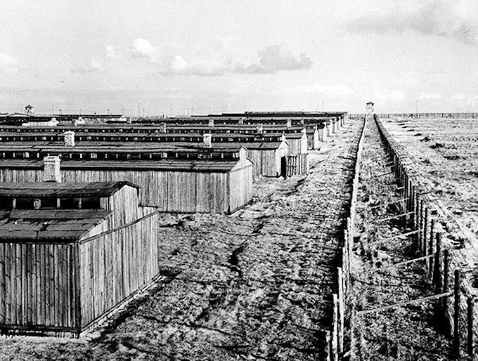 アウシュヴィッツ・ビルケナウ強制収容所(Auschwitz-Birkenau)の昔の姿