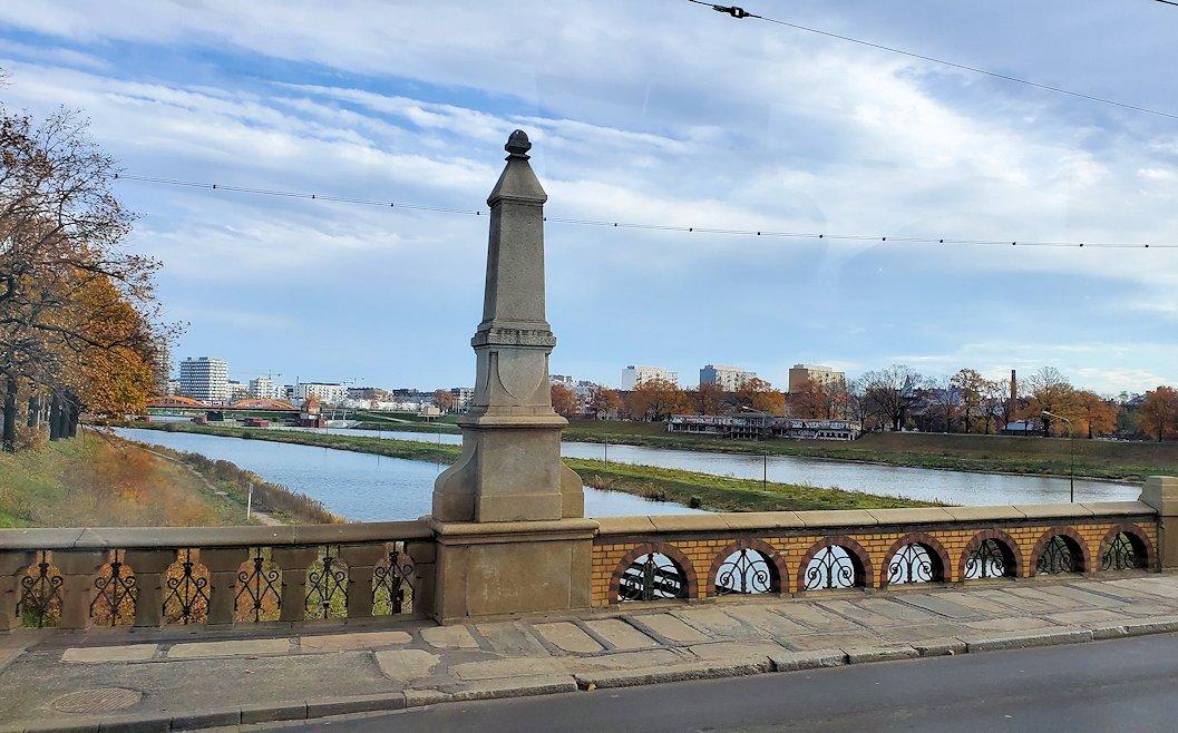 オーデル川を越えてヴロツワフに入る