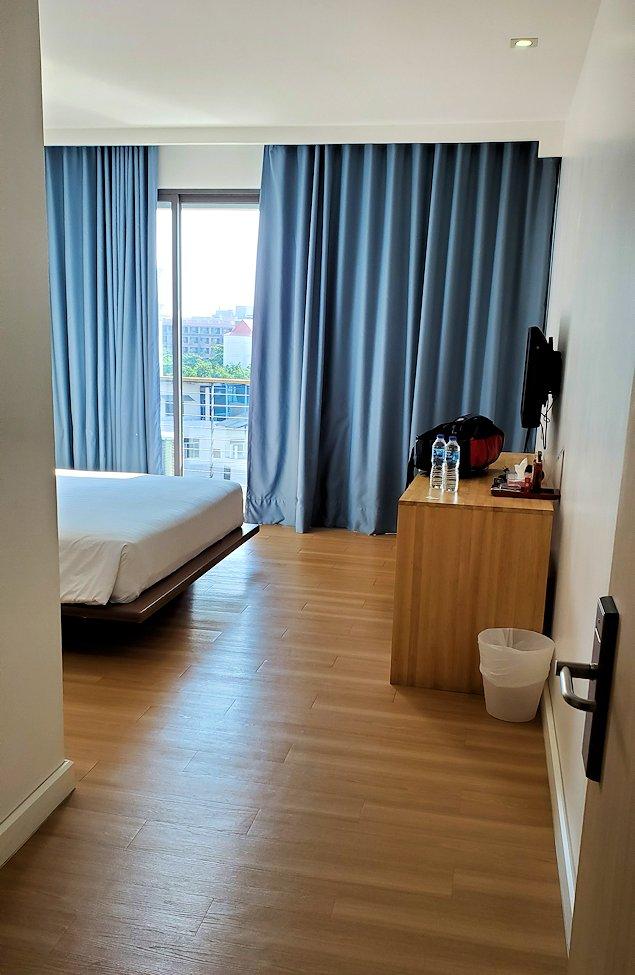 パタヤの街にある「シーナリー・ホテル」で宿泊した部屋