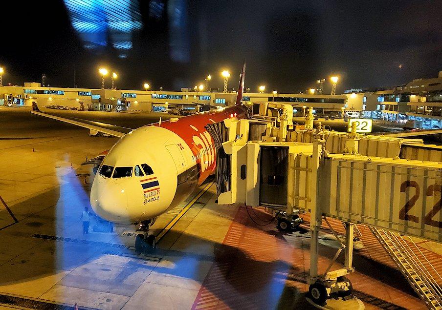 ドンムアン空港のターミナル内の景色-3