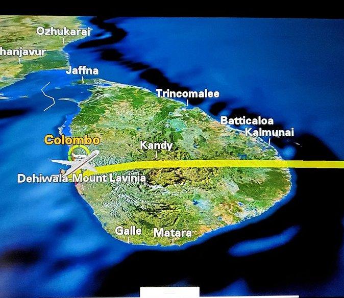 機内モニターに映る、スリランカの地図