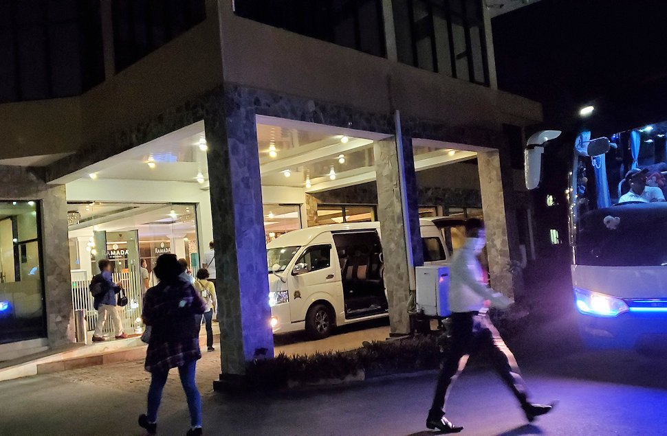 スリランカのネゴンボにある、「ラマダ・カトゥナヤカ・ホテル」(Ramada by Wyndham Katunayake)