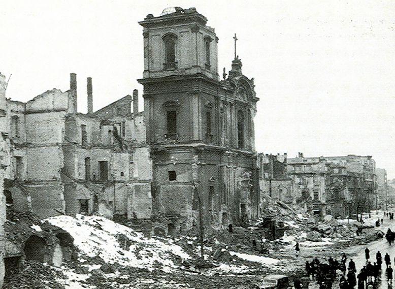 ワルシャワの聖十字架教会-2