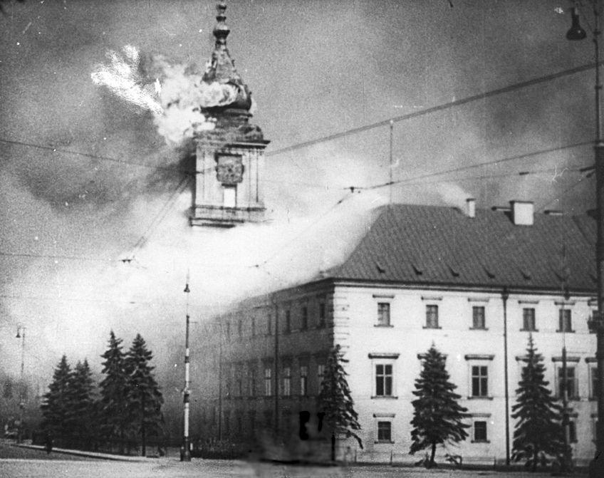 ワルシャワ王宮の火災