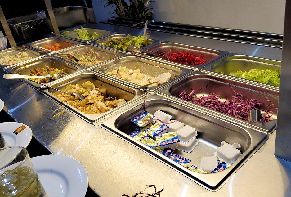 キャンディのクイーンズホテルでレストラン会場に置かれていた野菜