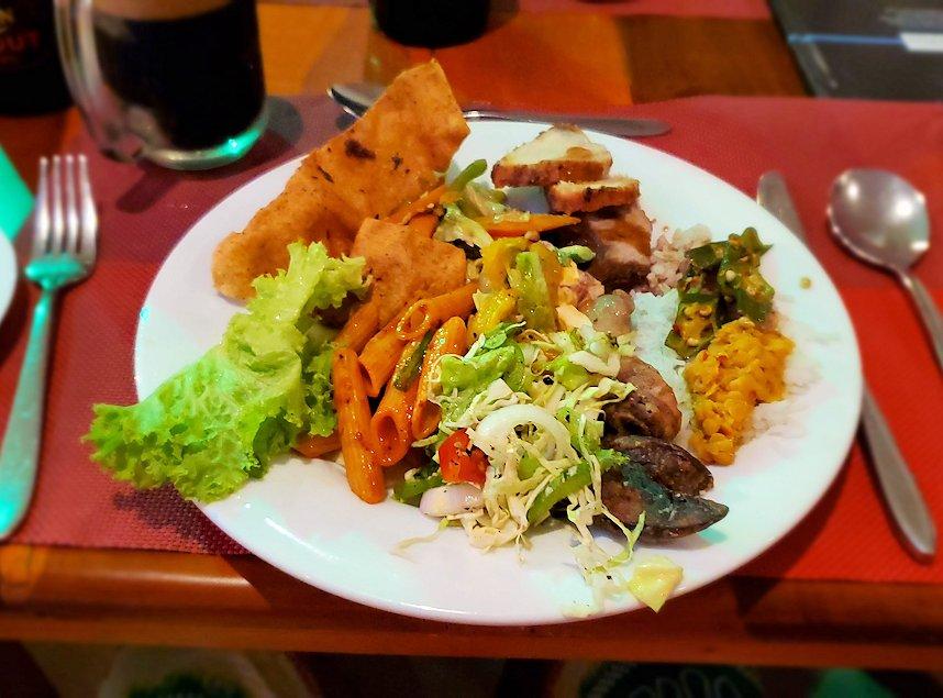 ザ・ロング・ビーチ・リゾートのレストラン会場で食べた食事