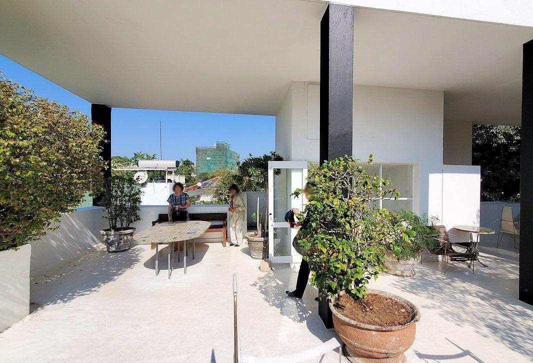 コロンボ市内にあるジェフリー・バワの自宅跡のベランダの景色-2