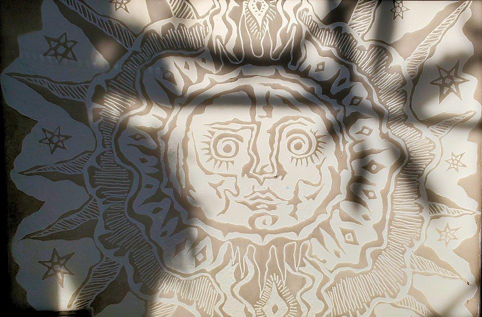 ジェフリー・バワの自宅跡の玄関部分にあった、模様の入ったガラス-2