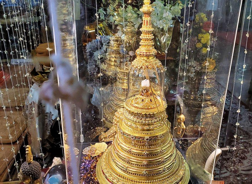 ガンガラーマ寺院敷地内にある博物館に安置されている仏舎利