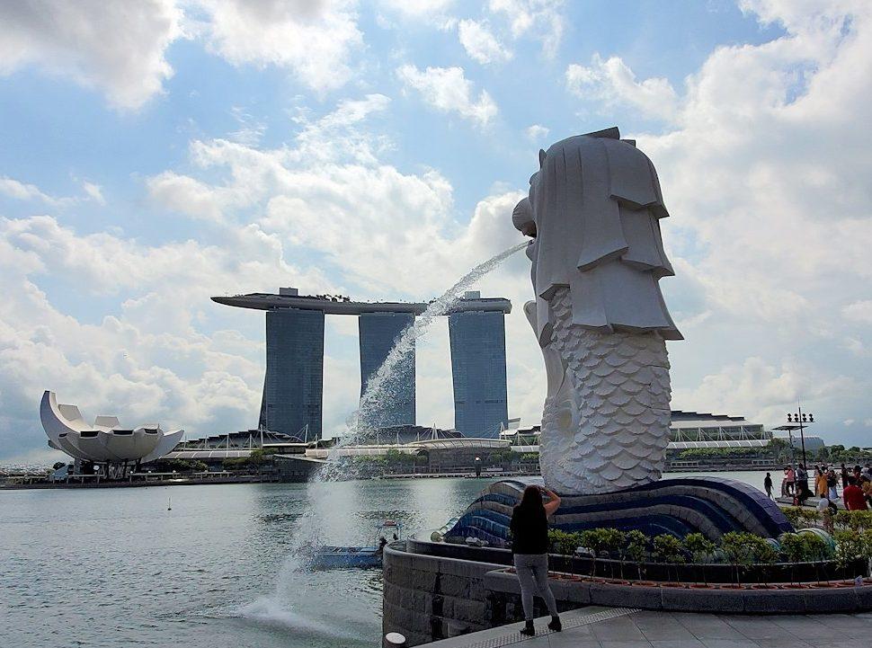 シンガポールのマーライオンとマリーナベイサンズが見えるスポット