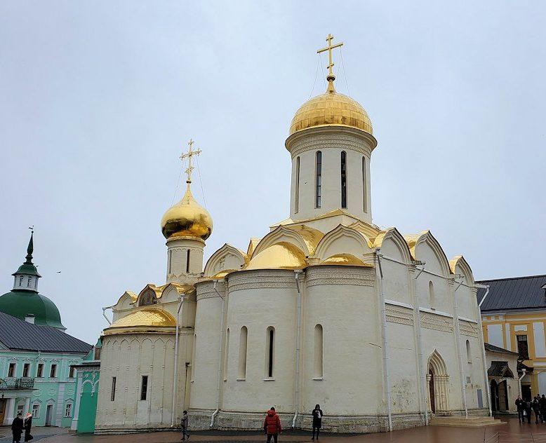 トロイツェ・セルギエフ大修道院にあるトロイツキー大聖堂