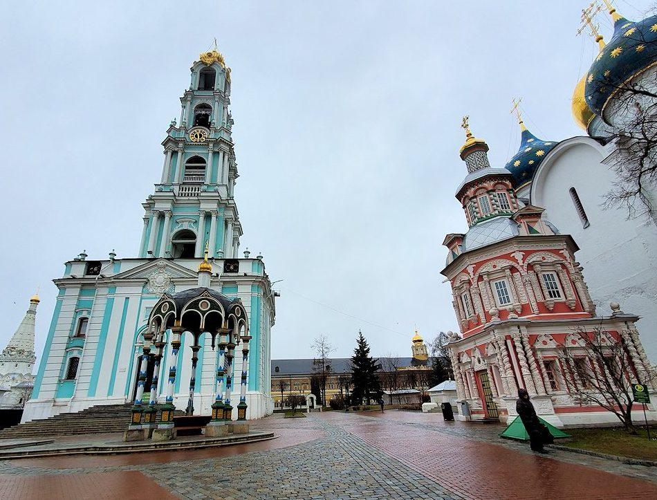 トロイツェ・セルギエフ大修道院の建物群