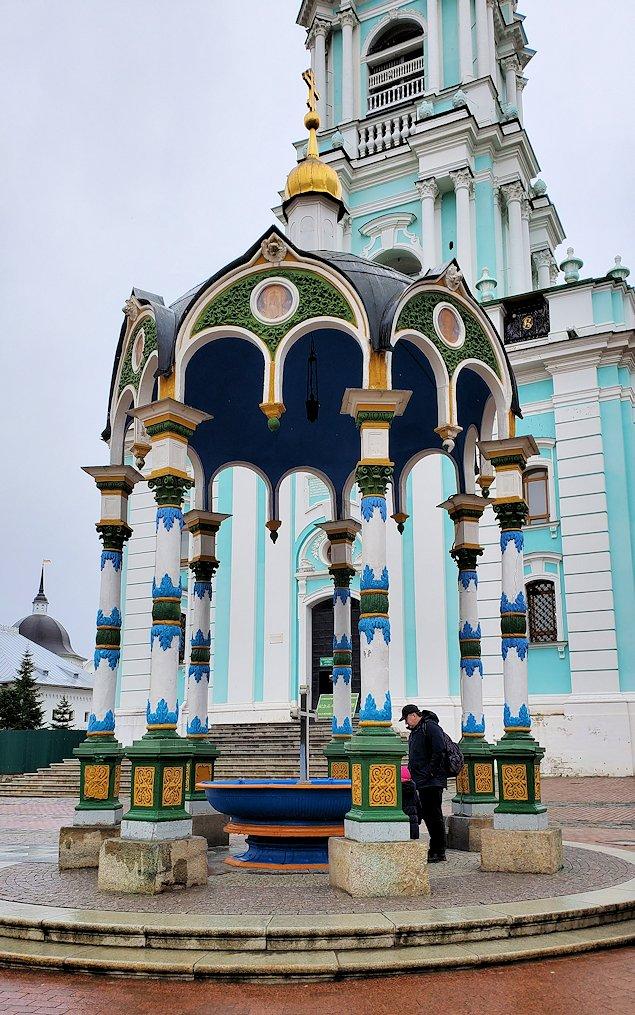 セルギエフ・ポサードにあるトロイツェ・セルギエフ大修道院-2