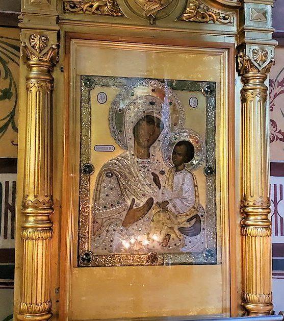 ウスペンスキー大聖堂内の聖母マリアのイコン-2