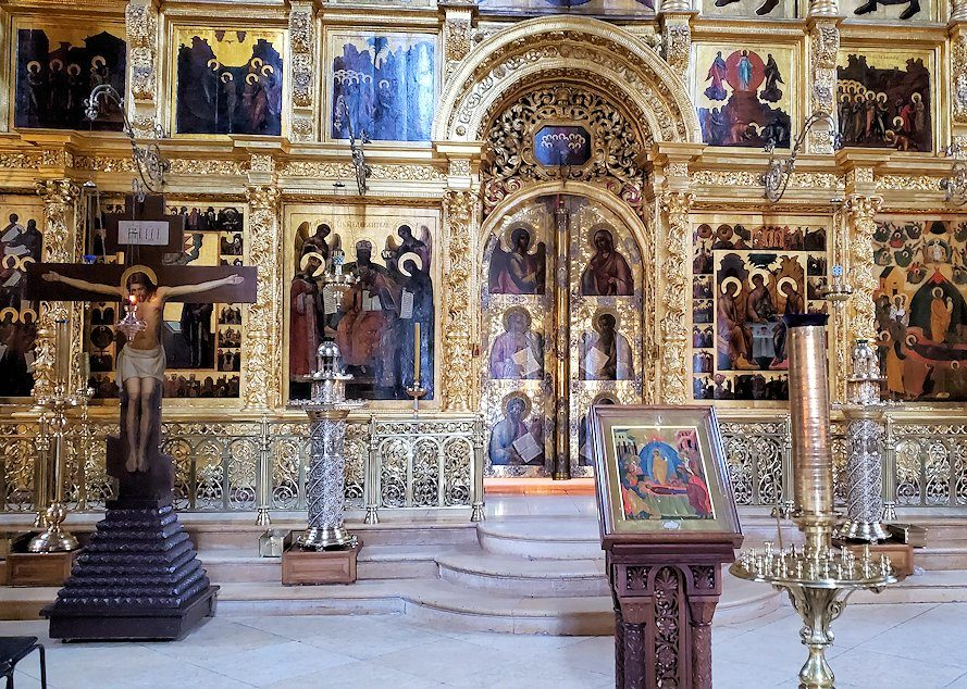 ウスペンスキー大聖堂内の祭壇-2