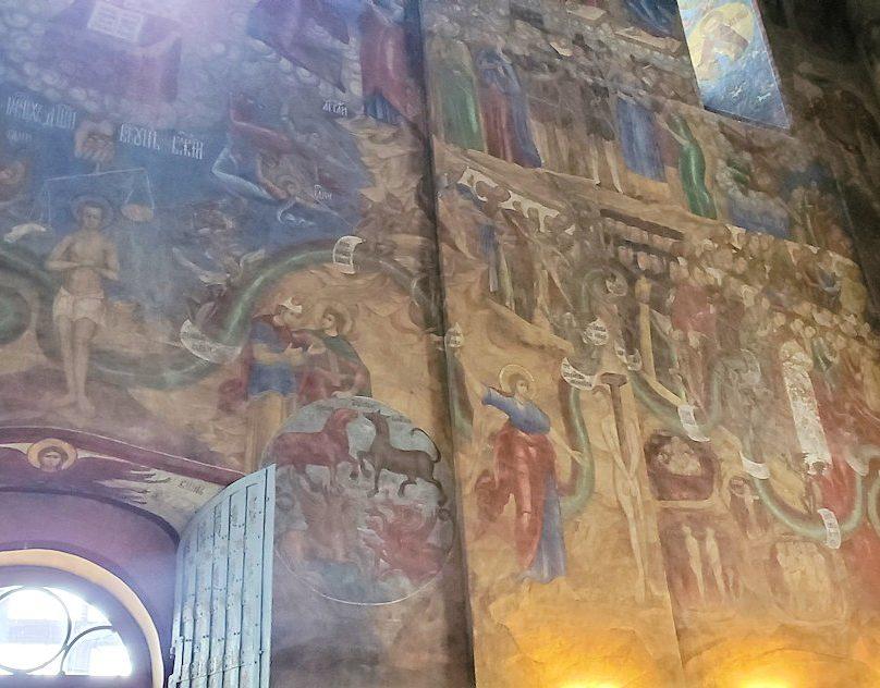 ウスペンスキー大聖堂内の壁に描かれている絵