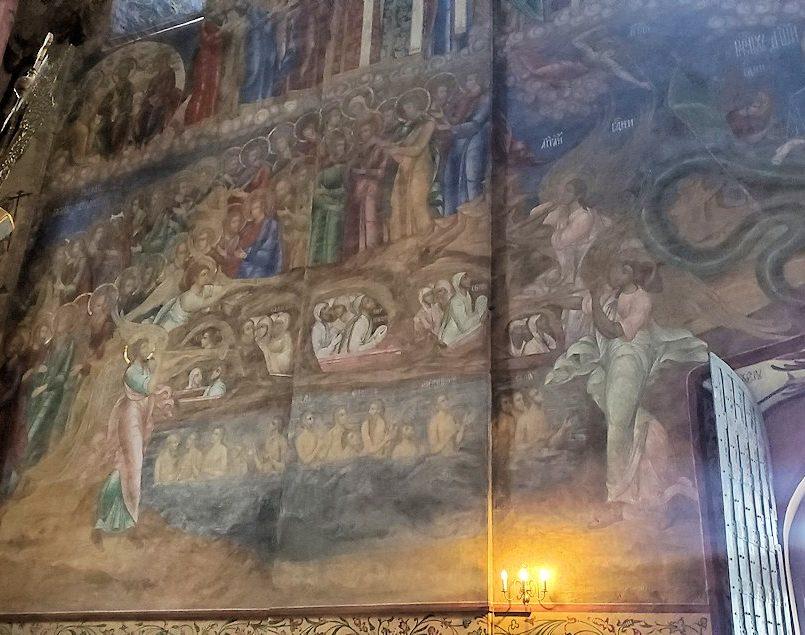 ウスペンスキー大聖堂内の壁に描かれている絵-3