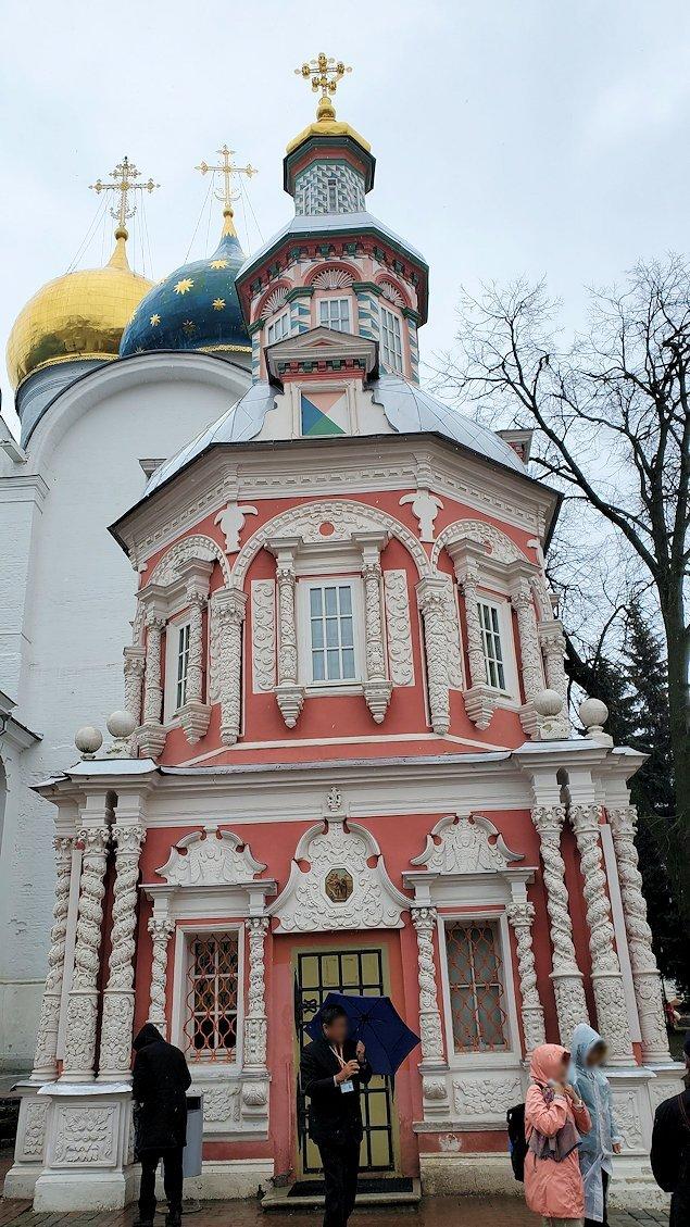 トロイツェ・セルギエフ大修道院にある礼拝堂