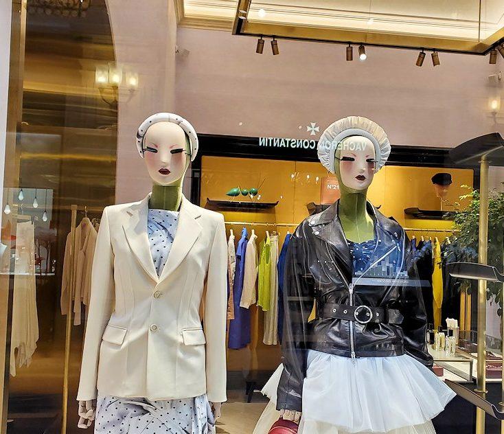 モスクワ市内にあるグム百貨店内で見かけた景色-2