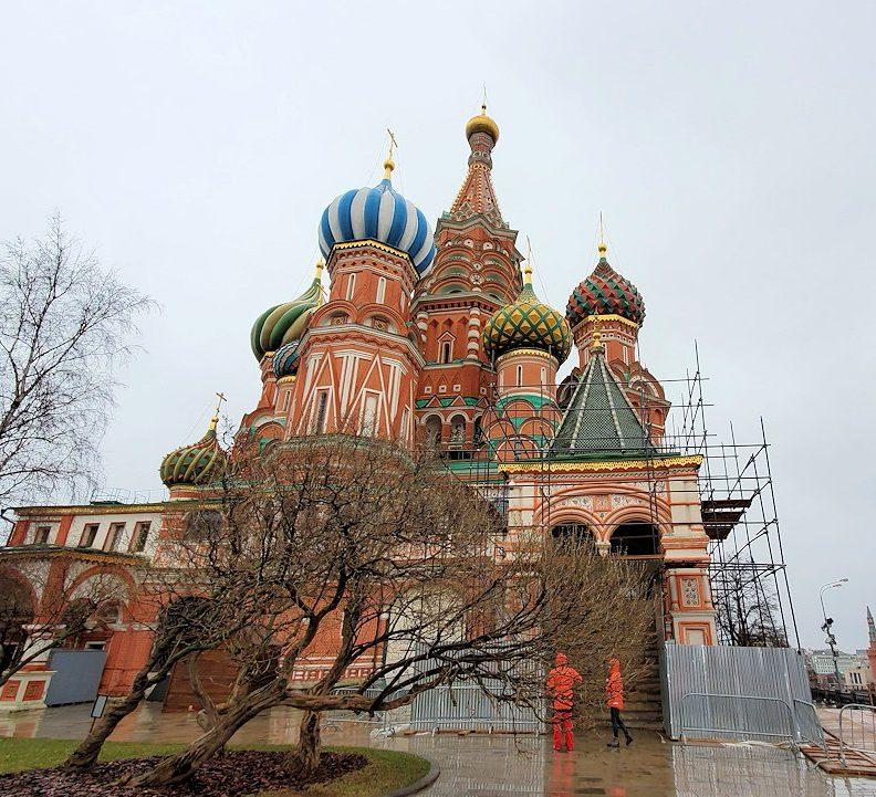 赤の広場の一角にある、聖ワシリー寺院