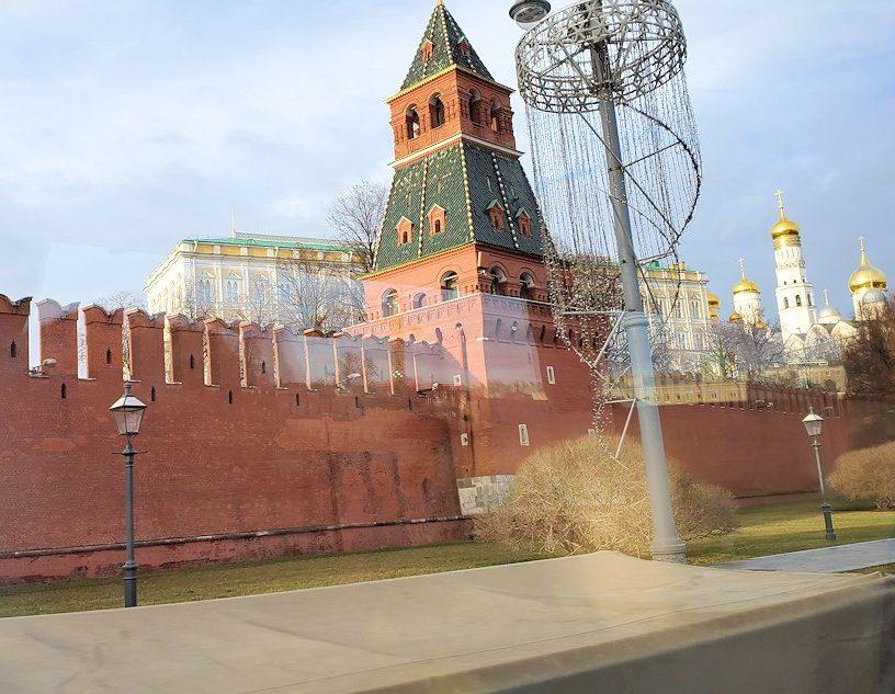 モスクワ市内を走るバスからの景色-2