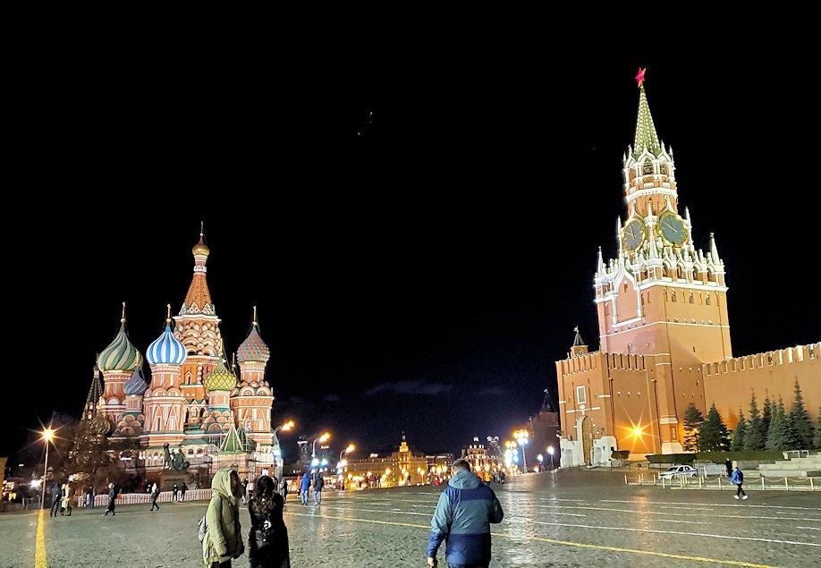 ライトアップされた夜の赤の広場