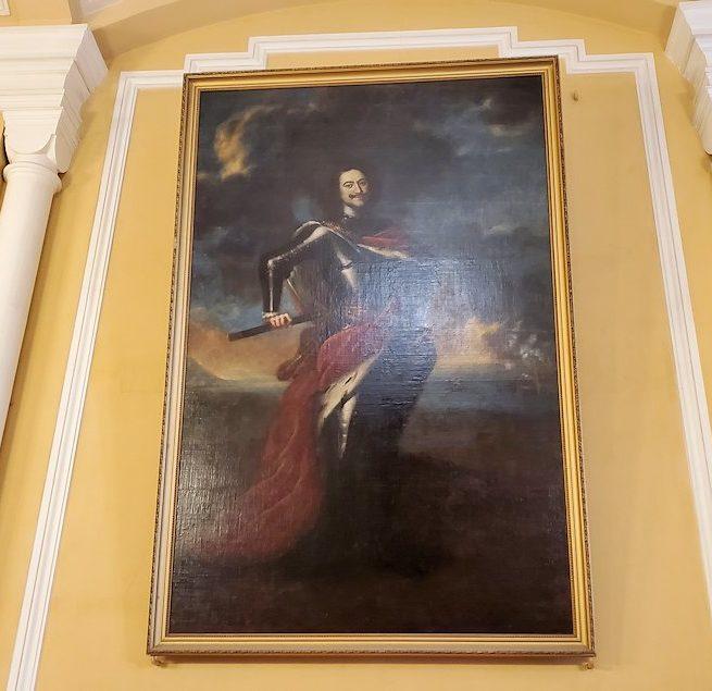 クレムリンの武器庫内の入口に飾られているピョートル大帝の絵