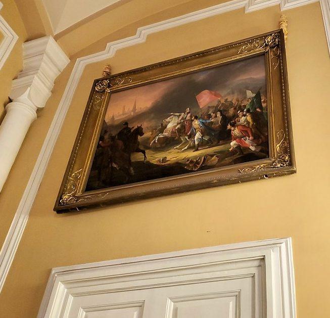 クレムリンの武器庫内の入口に飾られている絵