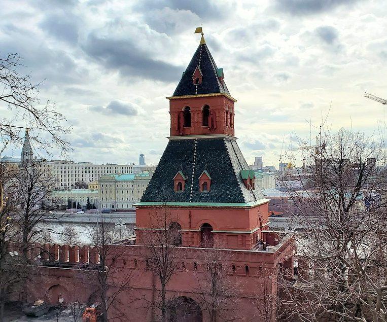 モスクワのクレムリン内にあるタイニツカヤ塔