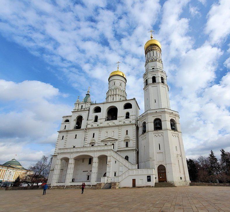 モスクワのクレムリン内にあるイワン大帝の鐘楼