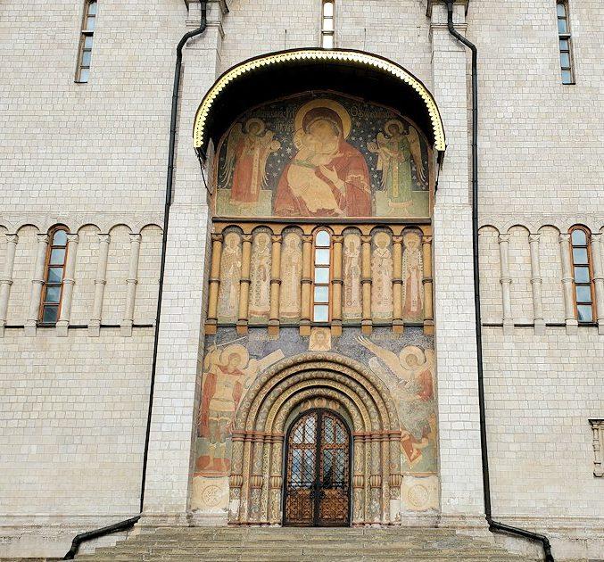 モスクワのクレムリン内にあるウスペンスキー大聖堂-2