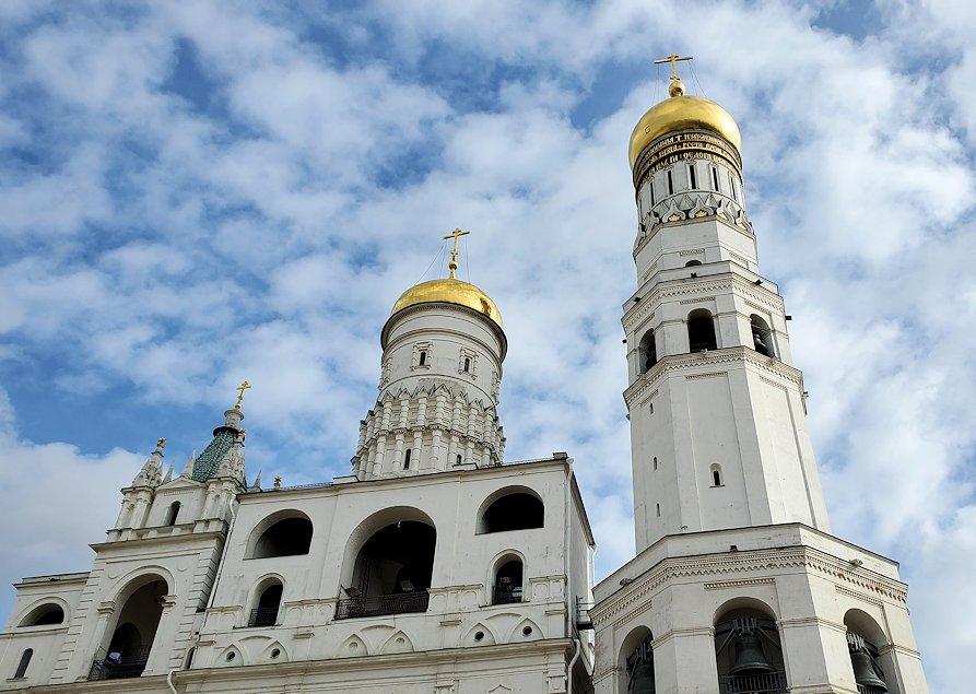 モスクワのクレムリン内にあるイワン大帝の鐘楼-2