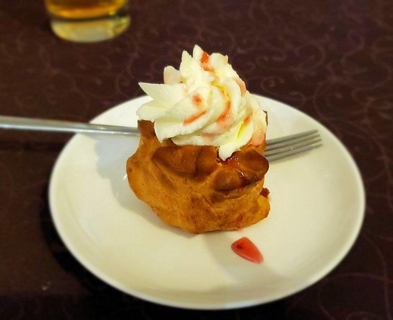 【レストラン】コレソ・ヴレメニで出てきた、デザートのケーキ