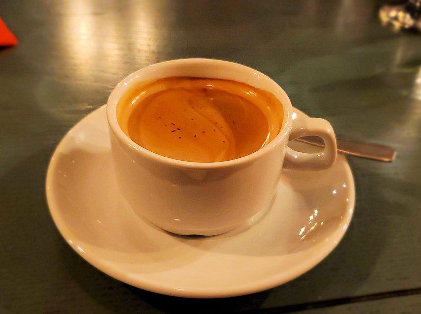 【レストラン】L. Brik Restaurantで出てきた食後のコーヒー