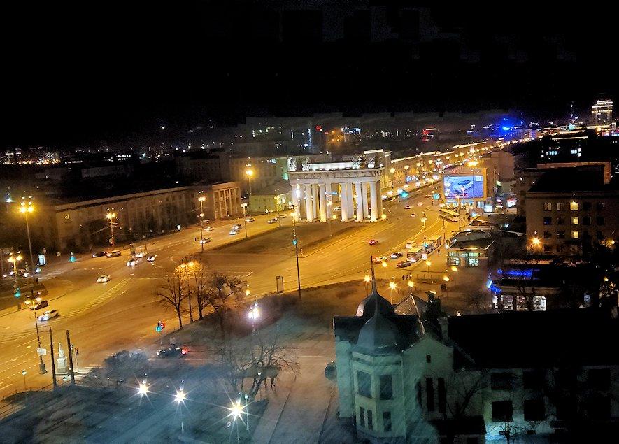 サンクトペテルブルグのホリデイインから見える夜景
