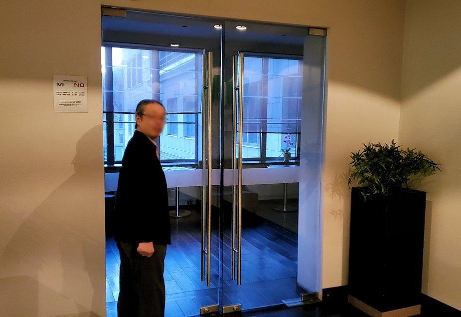 ホリデーイン2階のレストラン会場入り口