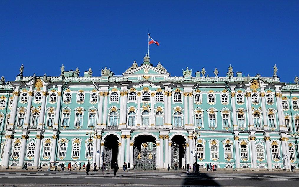 サンクトペテルブルク市内にあるエルミタージュ美術館-2