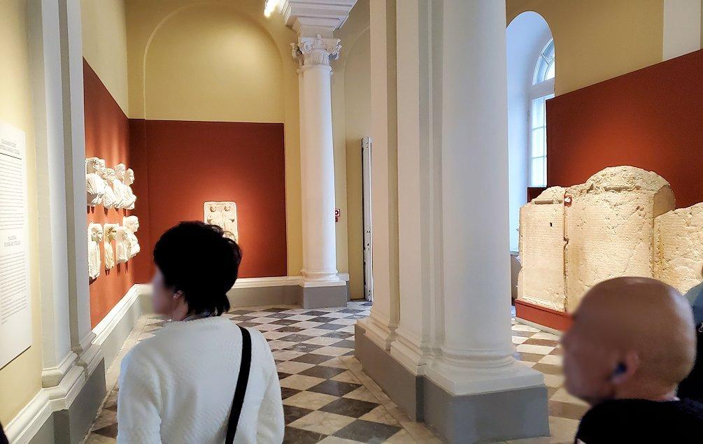 エルミタージュ美術館に入った入口に展示されていたもの