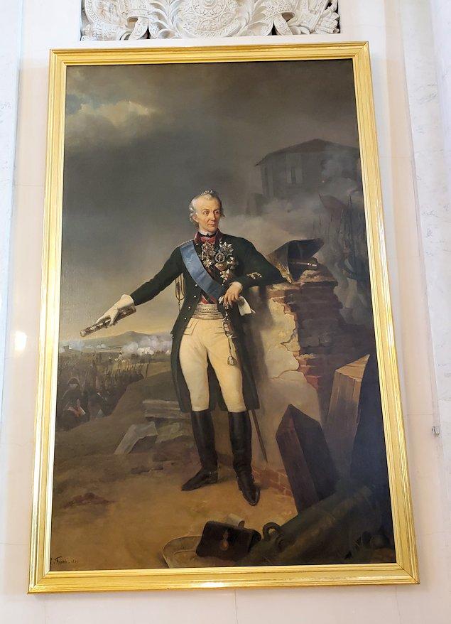 エルミタージュ美術館2階の「元帥の間」に飾られている将軍の肖像画-2